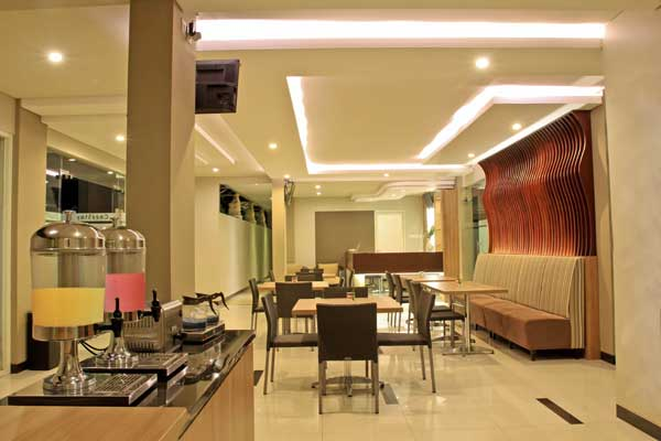 Cozy Stay Simpang Enam Denpasar 2 Cozy Stay Simpang Enam Denpasar, The Best Value For Money di Pusat Keramaian Bali