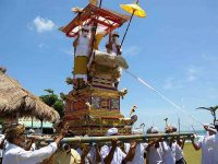 upacara adat bali