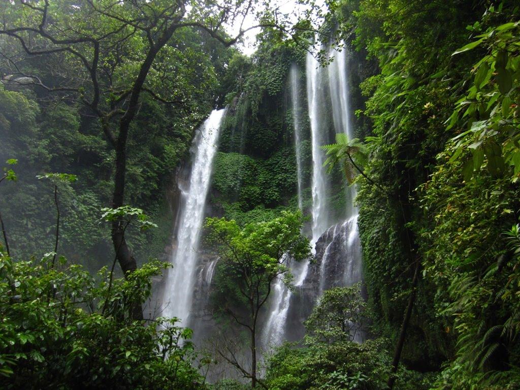 Air Terjun Blemantung Tabanan, Wisata Alam Indah di Bali yang Sejuk dan Menyegarkan