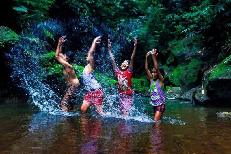 Berpetualang ke Air Terjun Goa Giri Campuhan, Destinasi Alami Terbaru di Bali