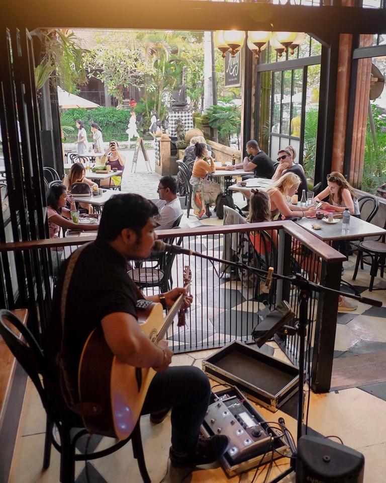 Arang Sate Bar Ubud 5 » Mencoba Pengalaman Kuliner Tradisional di Arang Sate Bar Ubud dengan Konsep yang Modern
