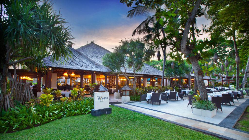 Arwana Restaurant Nusa Dua 2 1024x576 » Arwana Restaurant Nusa Dua, Pengalaman Makan Malam Romantis dengan Sajian Pemandangan Samudera Hindia