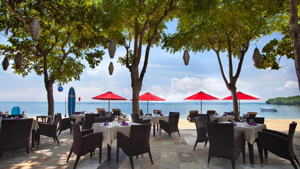 Arwana Restaurant Nusa Dua 4 1024x576 » Arwana Restaurant Nusa Dua, Pengalaman Makan Malam Romantis dengan Sajian Pemandangan Samudera Hindia