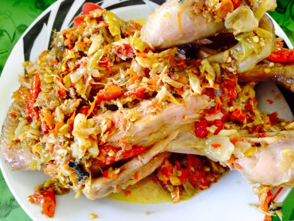 Ayam Betutu Men Tempeh