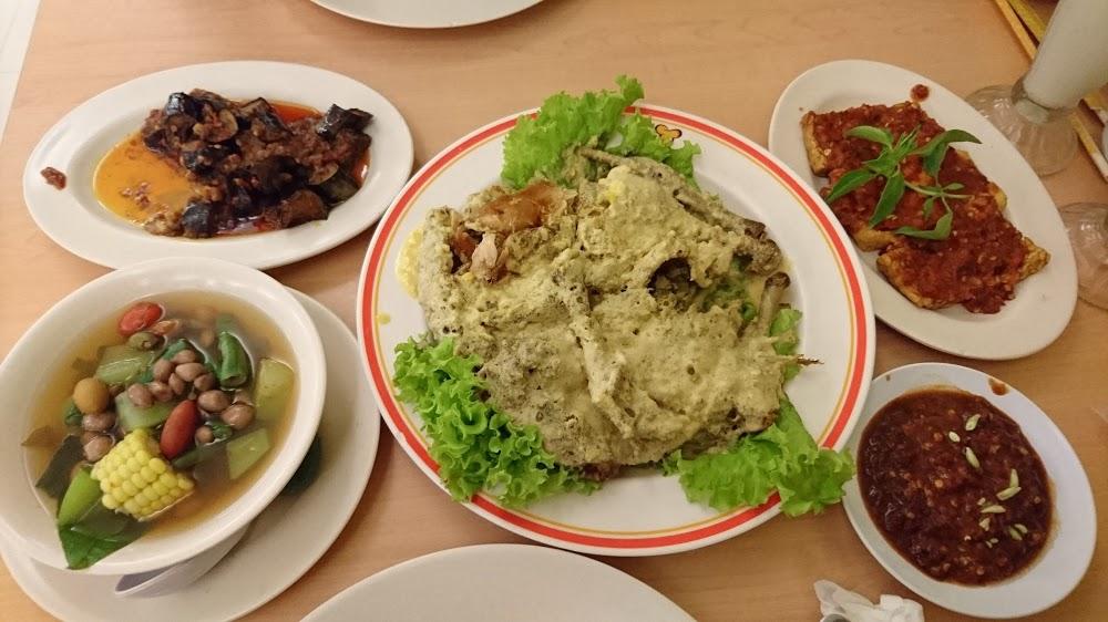 Ayam Tulang Lunak Hayam Wuruk Denpasar, Kuliner Ayam dengan Rasa Kriuk yang Nagih