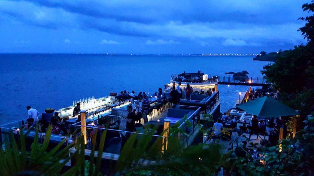 Ayana Resort Bali 3 1024x576 » Ayana Resort Bali, Hotel Mewah Tepi Pantai dengan Pemandangan Fantastis