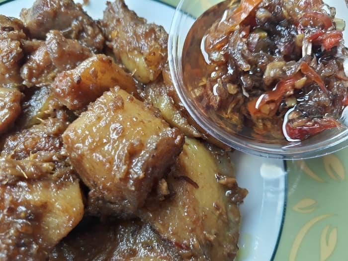 Babi Genyol Khas Bali 3 » Babi Genyol Khas Bali, Kuliner Tradisional yang Selalu Hadir saat Perayaan Galungan