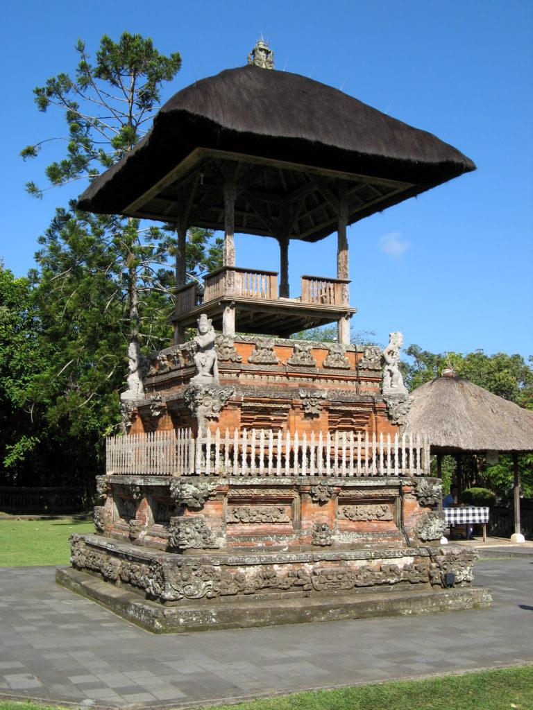 Bale Kulkul di Bali 1 768x1024 » Menilik Keunikan Desain Arsitektur Bale Kulkul di Bali