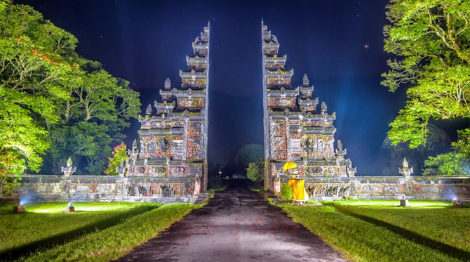 Bali Handara Gate 1 » Bali Handara Gate, Gerbang Berdesain Tradisional Bali yang Instragramable dan Ikonik di Buleleng