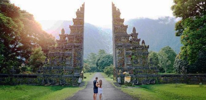 Bali Handara Gate 3 » Bali Handara Gate, Gerbang Berdesain Tradisional Bali yang Instragramable dan Ikonik di Buleleng