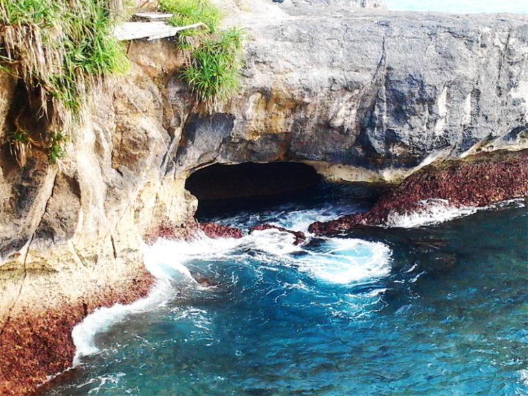 Batu Melawang Nusa Ceningan
