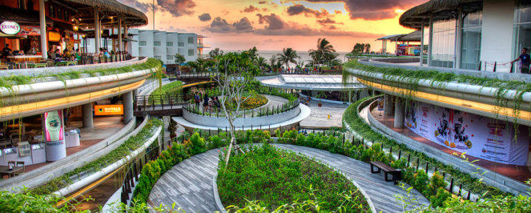 beachwalk shopping mall