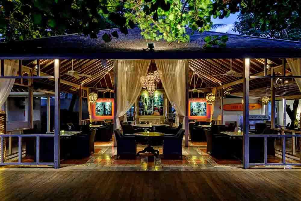Boardwalk Restaurant Kuta, Pilihan Tempat Makan Halal dengan Suasana Khas Bali