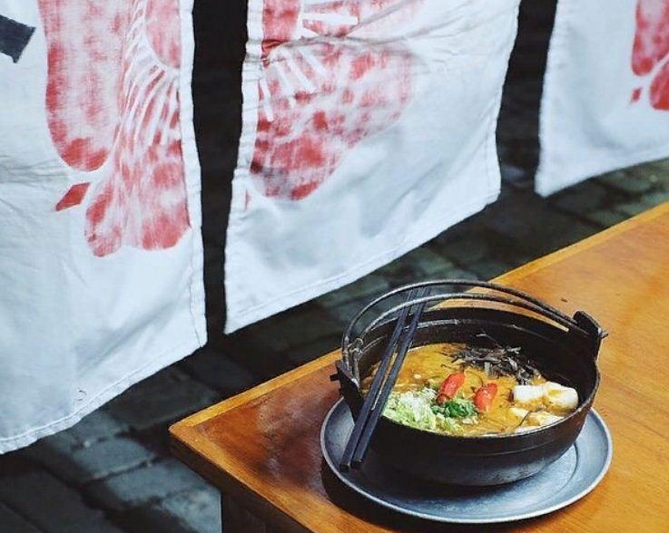 Icip-Icip Kuliner Super Pedas di Boekan Ramen Bali yang Murah Meriah