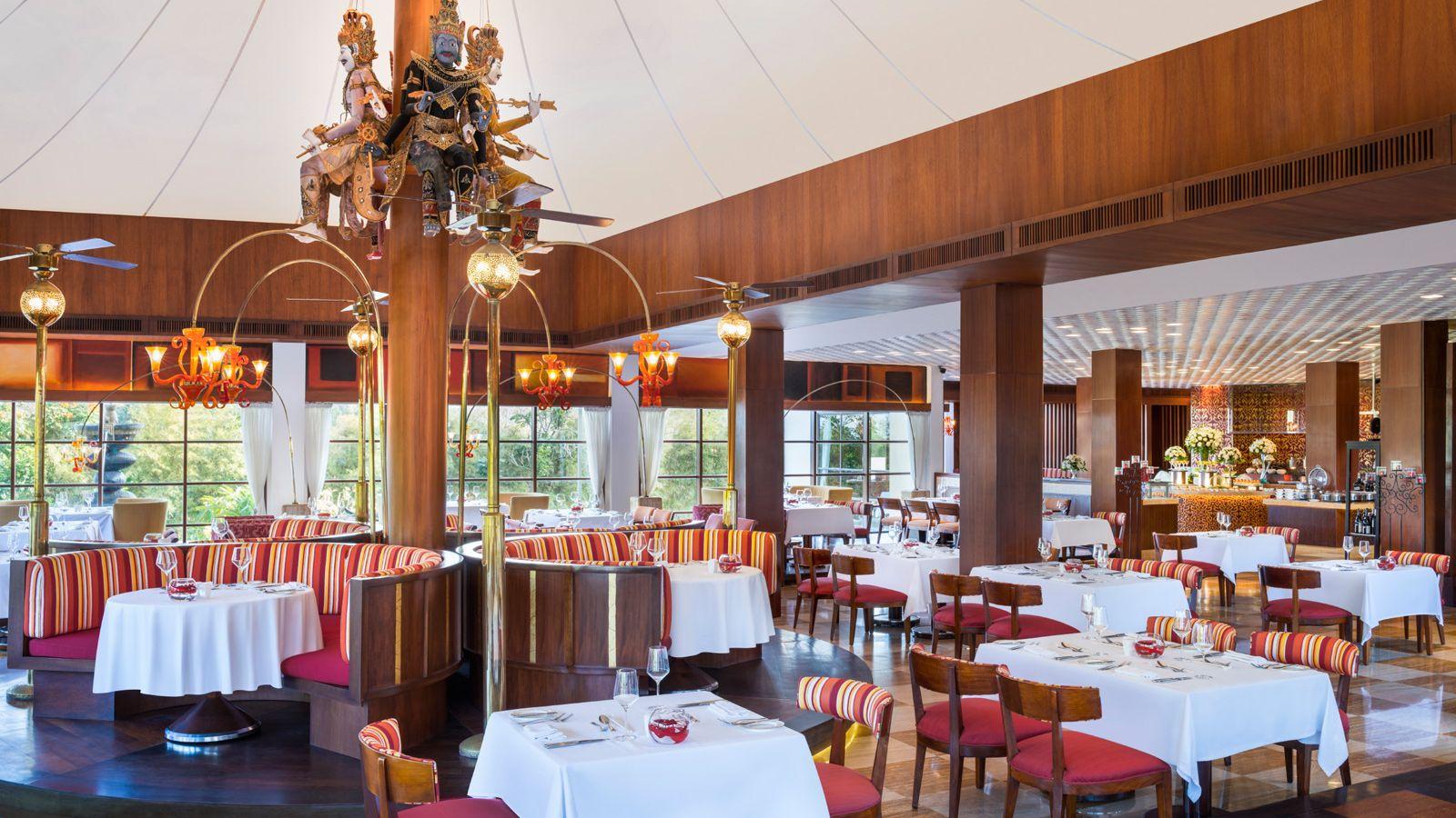 Boneka Restaurant Nusa Dua, Hadirkan Kesan Nusantara yang Khas di Dalam Ruangan