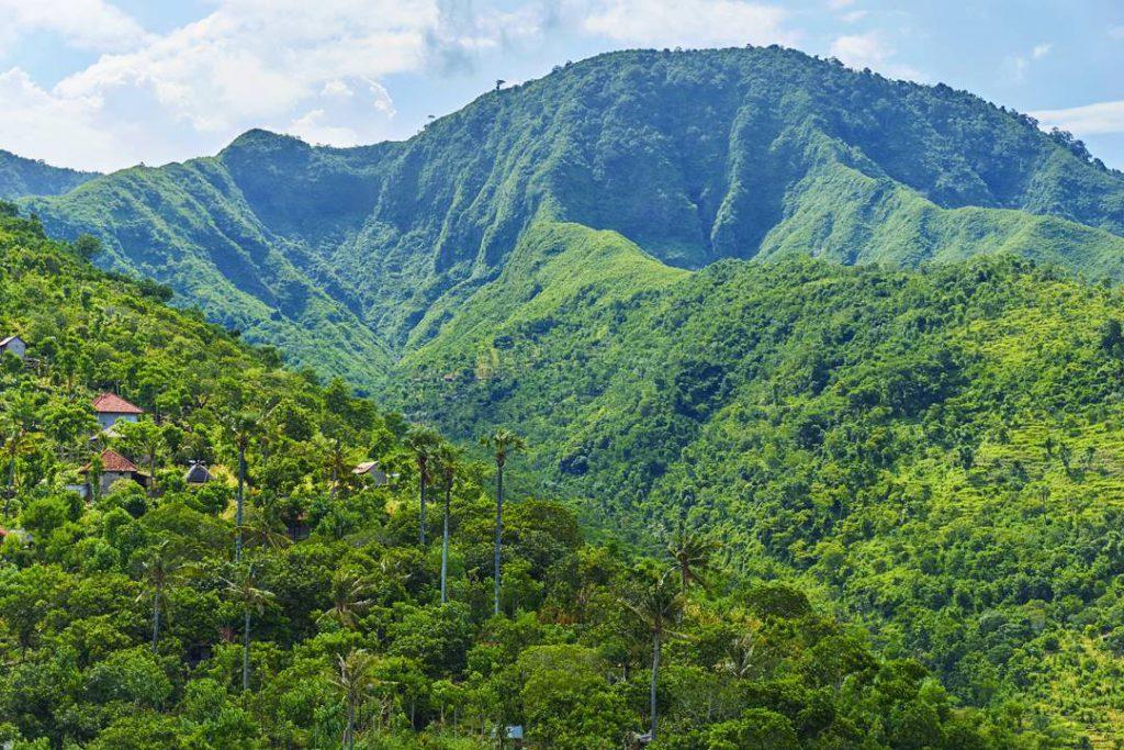 Bukit Mencol Karangasem