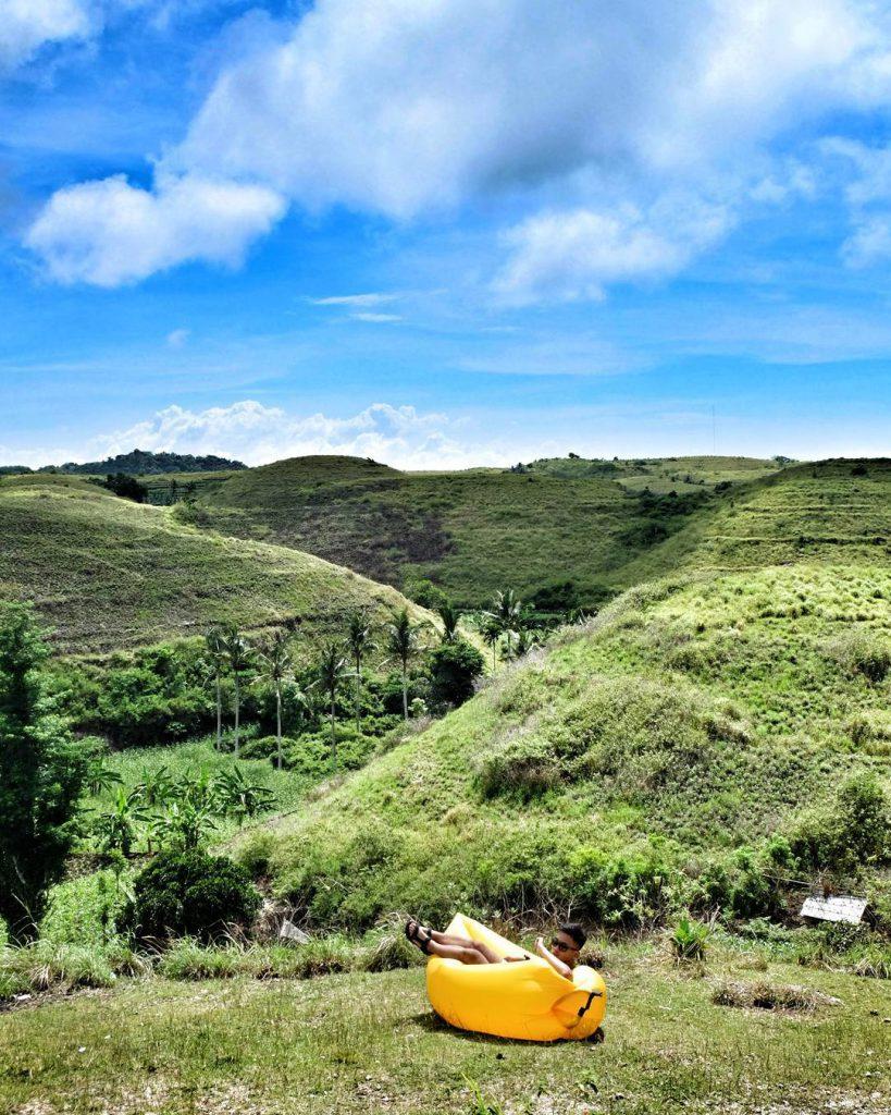 Bukit Teletubbies Nusa Penida 4 819x1024 » Bukit Teletubbies Nusa Penida, Pilihan Wisata yang Instagrammable Banget!
