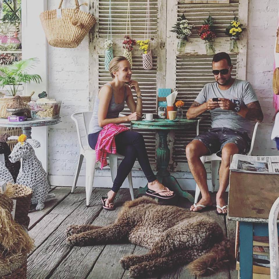 Bungalow Living Canggu 2 » Bungalow Living Canggu, Kafe Nyaman yang Juga Sediakan Tempat Belanja Asyik