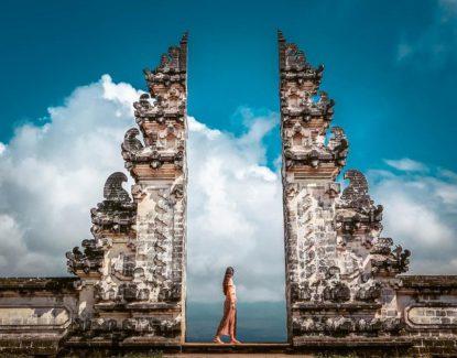 Candi Bentar Ikonik di Bali
