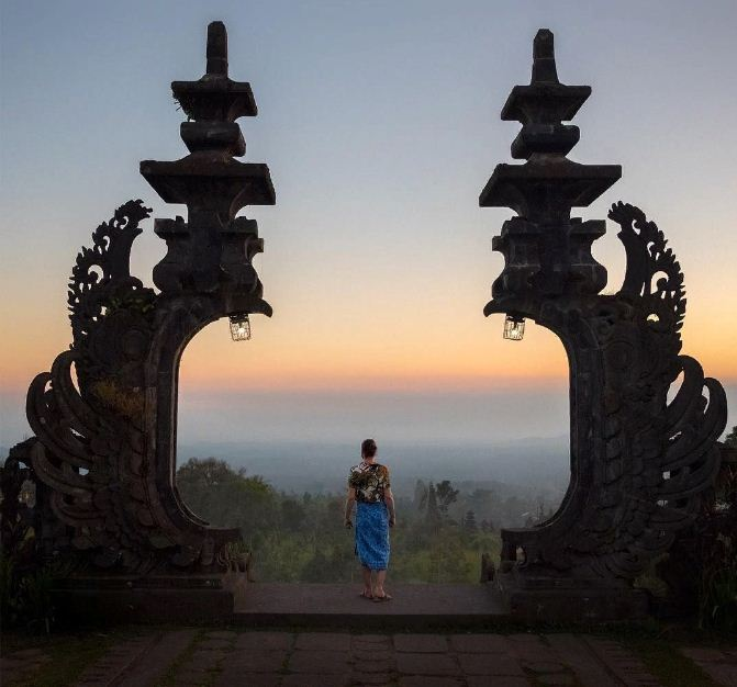 Candi Bentar Ikonik di Bali 2 » 5 Bangunan Candi Bentar Ikonik di Bali, Bisa Jadi Lokasi Foto Instagramable Nih!