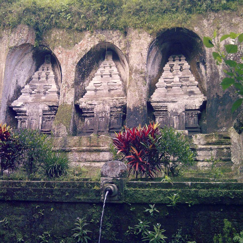 Candi Gunung Kawi Tampaksiring 3 1024x1024 » Candi Gunung Kawi Tampaksiring, Candi Megah Penuh Nilai Sejarah di Gianyar