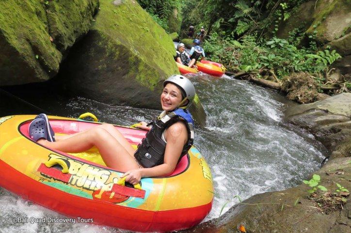 Canyon Tubing Bali, Sensasi Liburan Menantang Mengarungi Aliran Sungai Siap Ngarai Payangan