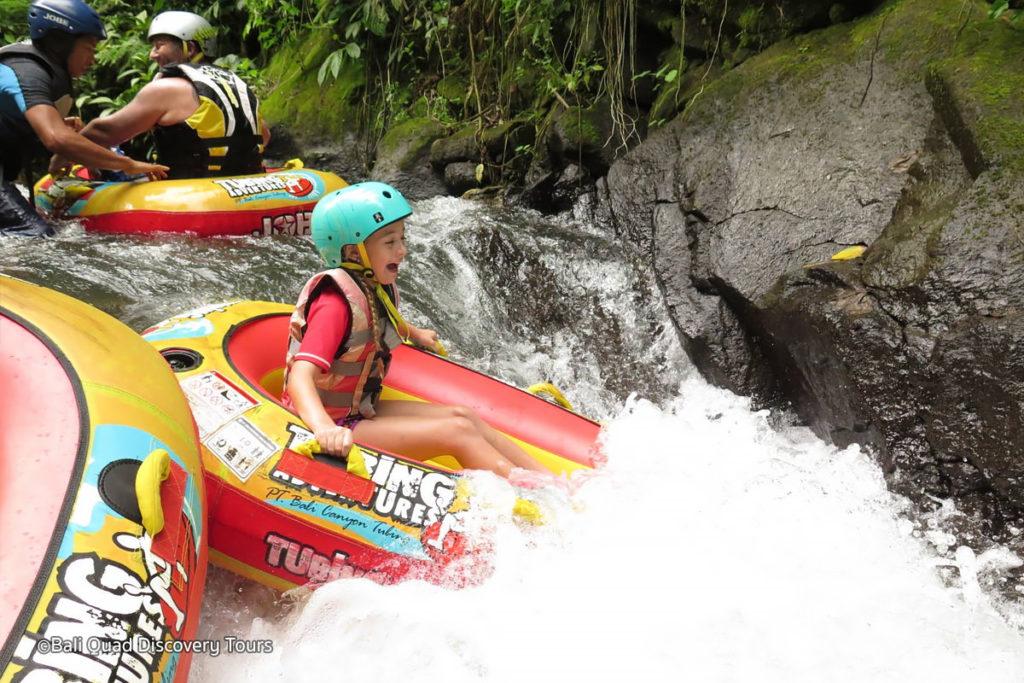 Canyon Tubing Bali 2 1024x683 » Canyon Tubing Bali, Sensasi Liburan Menantang Mengarungi Aliran Sungai Siap Ngarai Payangan