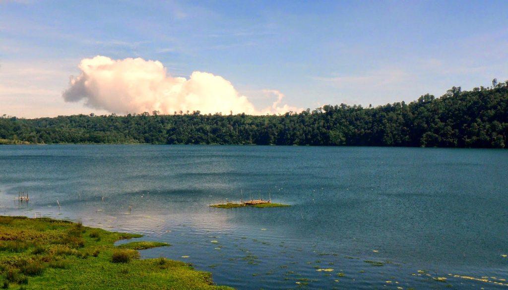 Danau Buyan Bedugul