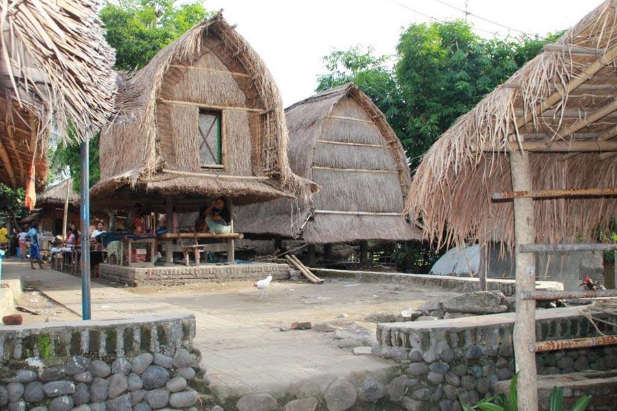 Desa Sade Lombok