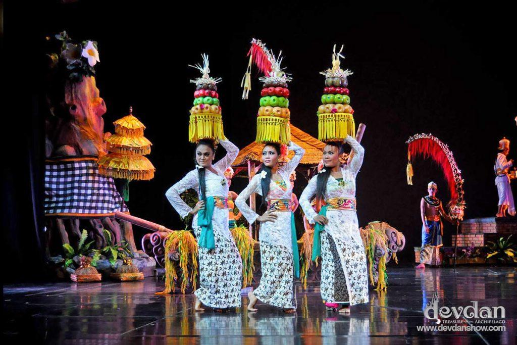 Devdan Show Nusa Dua 3 1024x683 » Devdan Show Nusa Dua, Pertunjukan Teater yang Menyajikan Budaya Khas Indonesia