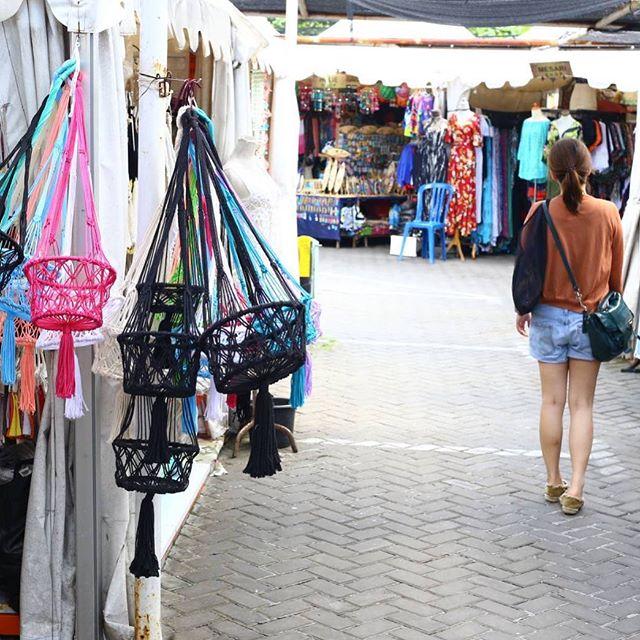 Belanja Sekaligus Cuci Mata di Flea Market Seminyak yang Ngehits