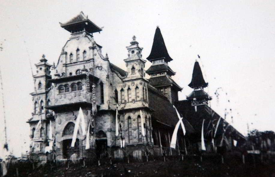 Gereja Katolik Palasari 1 » Wisata Anti-Mainstream di Bali, Menyaksikan Keunikan Gereja Katolik Palasari di Jembrana