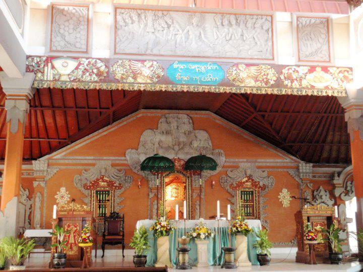 Melihat Keunikan Gereja Katolik Tritunggal Maha Kudus Paroki, Gereja Katolik Pertama di Bali