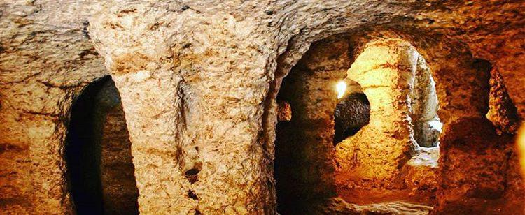 Goa Gala-Gala Underground House Nusa Lembongan
