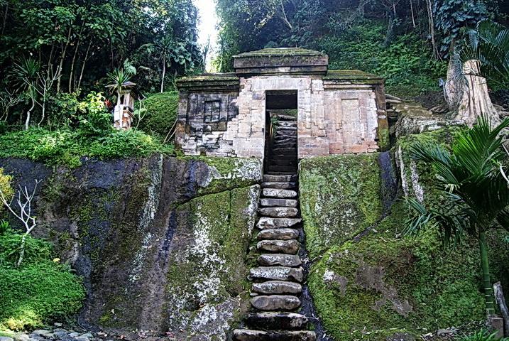 Goa Garba Gianyar 1 » Goa Garba Gianyar, Peninggalan Bersejarah di Bali yang Berusia Lebih dari 800 Tahun
