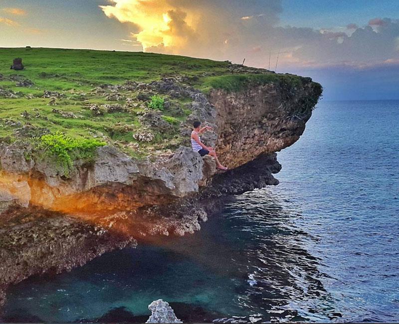 Honeymoon Beach Jimbaran, Pantai Tersembunyi dengan Suasana Sunset yang Romantis