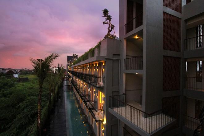 Hotel FRii Bali Echo Beach
