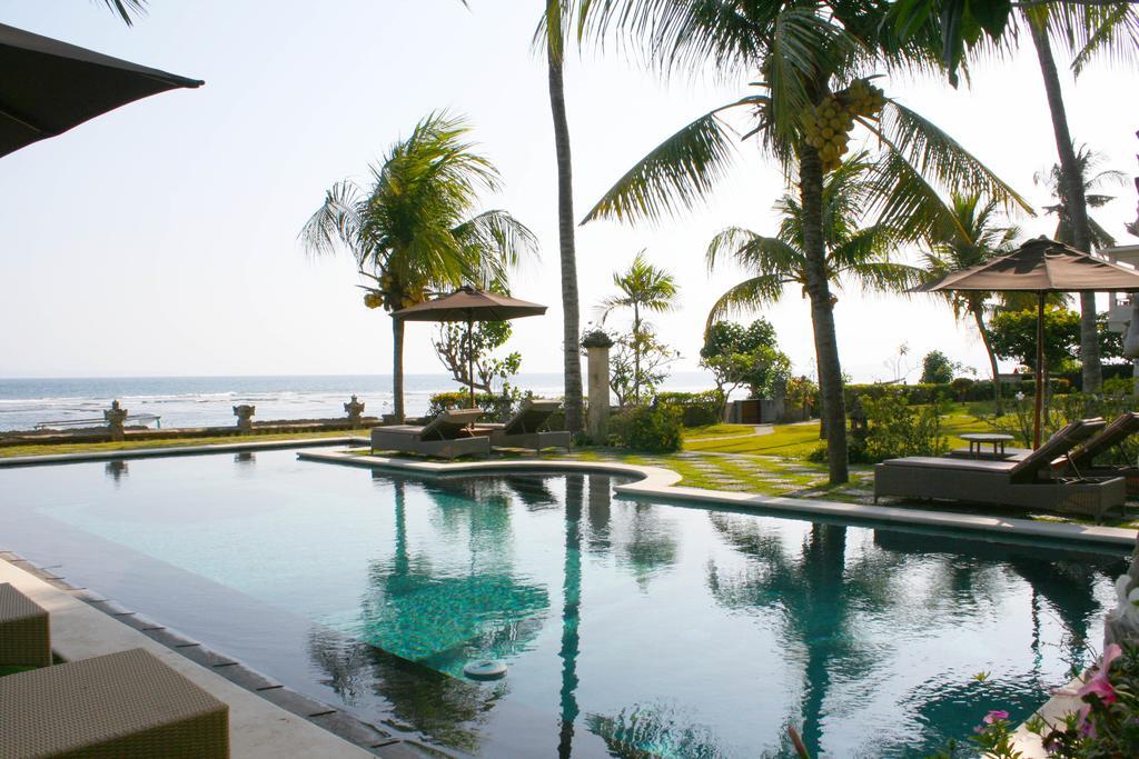 Hotel Genggong Candidasa, Penginapan Tepi Pantai yang Janjikan Suasana Khas Tropis dan Romantis