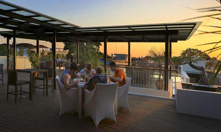 Hotel J4 Legian 2 » Hotel J4 Legian - Hotel untuk Kawula Muda yang Gaul dengan Pemandangan Sunset Keren