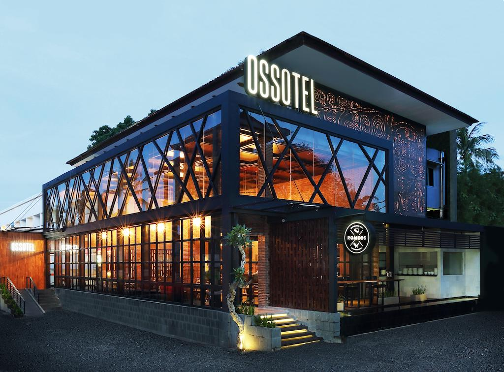 Hotel Ossotel Legian