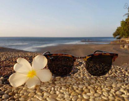 Hotel Pantai Mas Lovina 2 415x325 » Hotel Pantai Mas Lovina, Penginapan Murah yang Menawarkan Pantai Pribadi Cantik