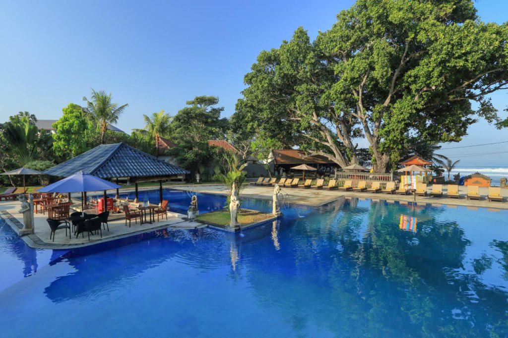 Hotel Puri Saron Seminyak 1 1024x682 » Hotel Puri Saron Seminyak, Penginapan Mewah Tepi Pantai yang Jamin Kenyamanan Liburan di Bali