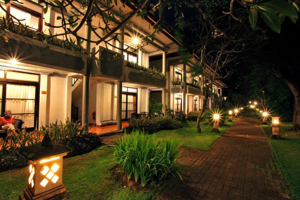 Hotel Puri Saron Seminyak 2 1024x683 » Hotel Puri Saron Seminyak, Penginapan Mewah Tepi Pantai yang Jamin Kenyamanan Liburan di Bali