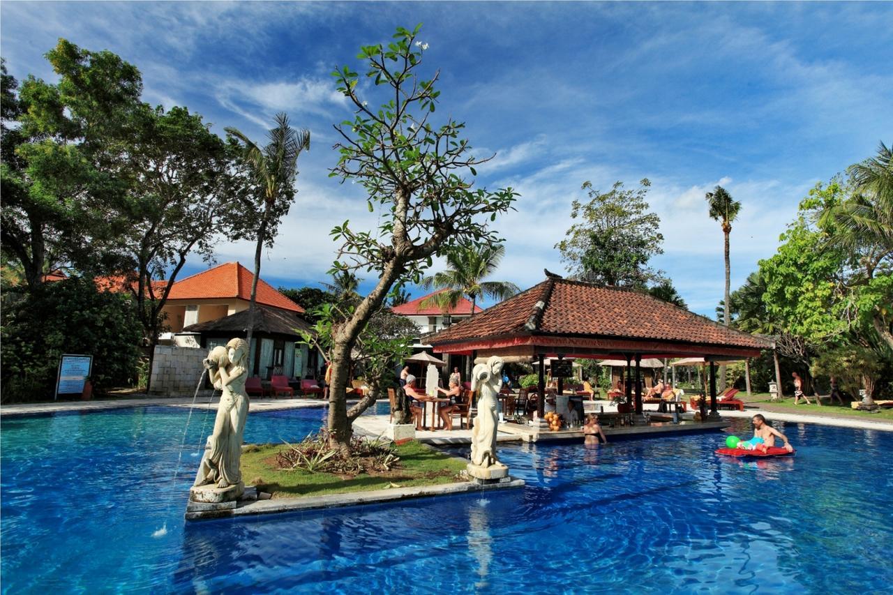 Hotel Puri Saron Seminyak, Penginapan Mewah Tepi Pantai yang Jamin Kenyamanan Liburan di Bali