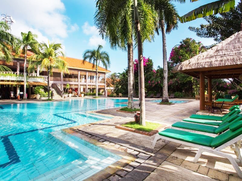 Hotel Ramah Muslim di Bali 3 » 5 Rekomendasi Hotel Ramah Muslim di Bali yang Disertai Fasilitas Restoran Halal