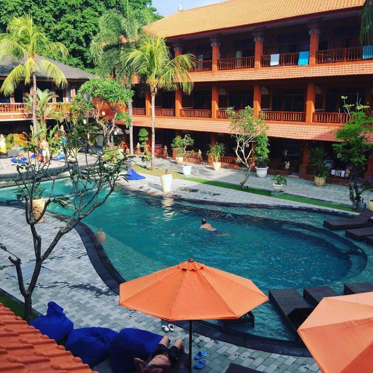 Hotel Ramah Muslim di Bali 4 » 5 Rekomendasi Hotel Ramah Muslim di Bali yang Disertai Fasilitas Restoran Halal