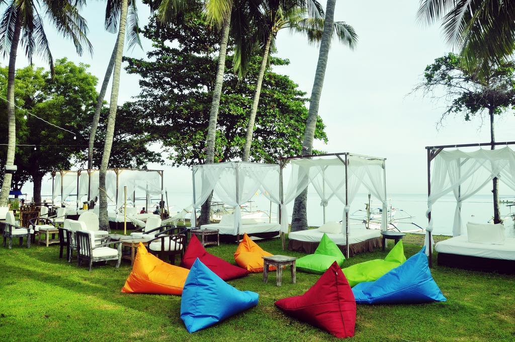 Hotel Sunari Beach Resort, Penginapan Murah di Dekat Pantai Lovina