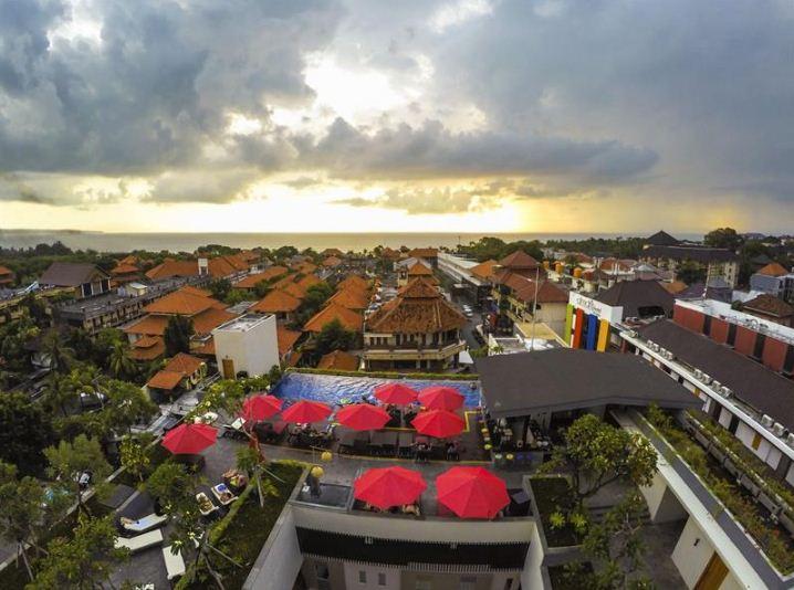 Hotel Swiss Belinn Legian 1 » Hotel Swiss Belinn Legian, Hadirkan Fasilitas Rooftop Berpemandangan Sunset Memukau