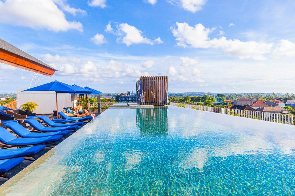 Hotel Watermark Jimbaran 1 1024x683 » Hotel Watermark Jimbaran, Hotel Romantis dengan Kolam Rooftop yang Memesona