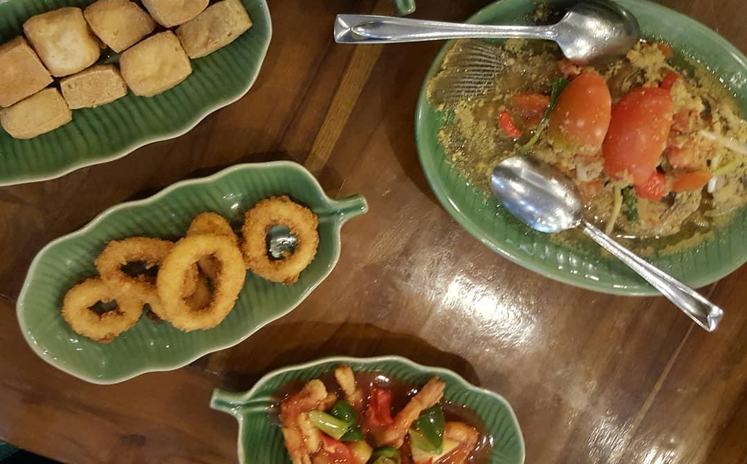 Ikan Bakar Cianjur Renon, Sajian Kuliner Khas Sunda dengan Penyajian ala Bali
